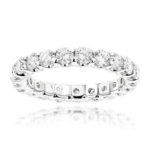 Round Brilliant Cut Diamond Eternity Band (1.50ctw) in 18K White Gold