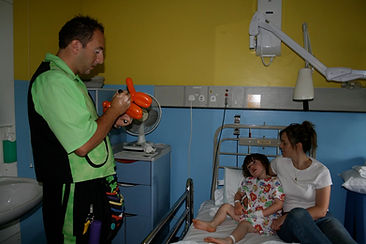 POD Hospital Shows with Magic Dave, Childrens Magician