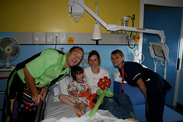 POD Hospital Shows with Magic Dave, Childrens Magician r UK