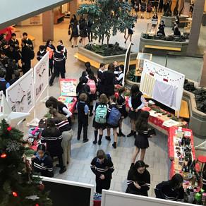 Un marché de Noël au Collège