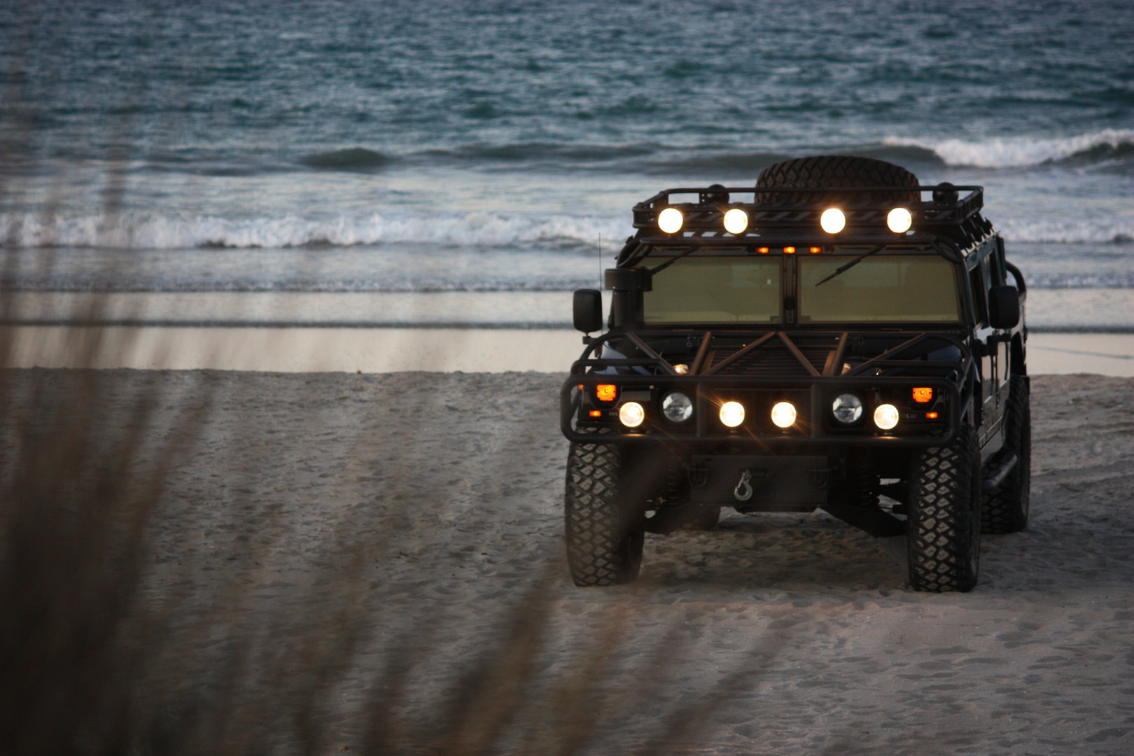 2000 AM General Hummer White (102).JPG