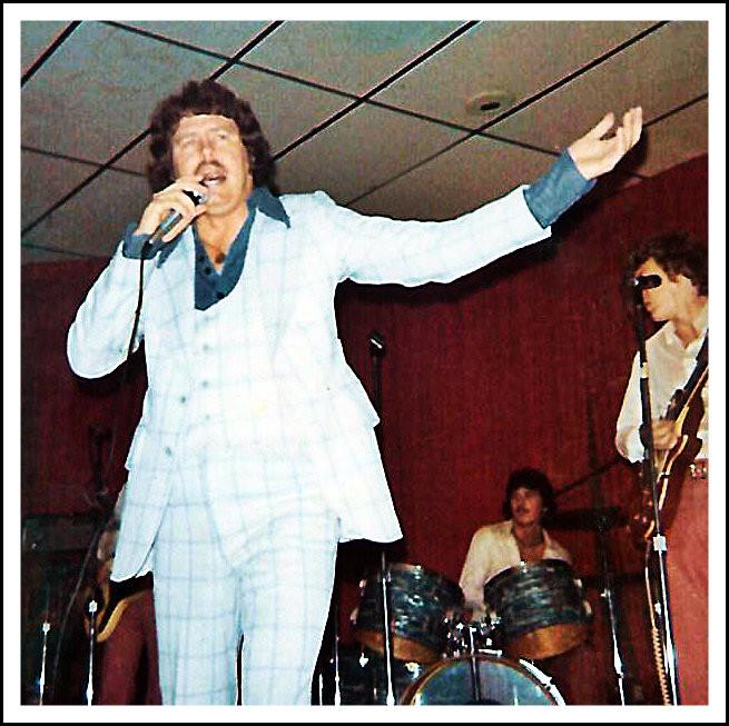 Eddie Middleton doin' his thang, 1976.