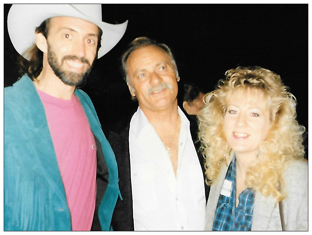Uncle Dave and Aunt Lynne with Vern Gosdin, October 19, 1991.
