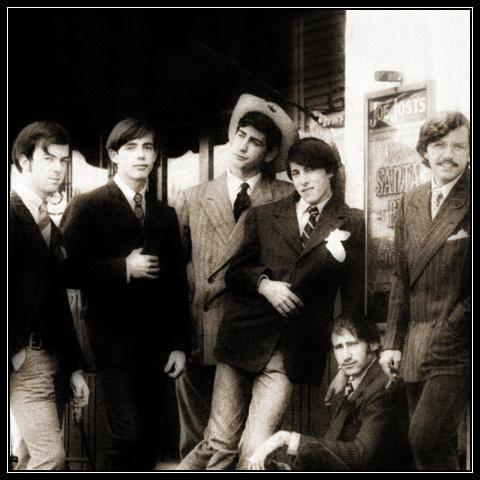L-R: Les Thompson, Jackson Browne, Ralph Barr, Jimmie Fadden, Bruce Kunkel, and Jeff Hanna. 1966