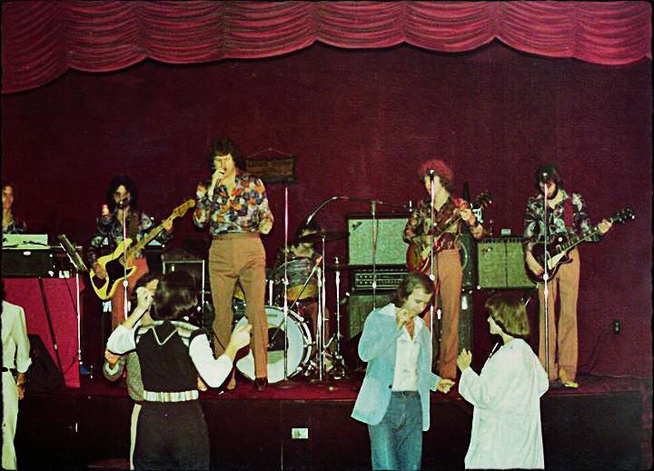 L-R: Ricky Alderman, Wayne Scarborough, Eddie Middleton, John R. Smith, Joe Shear, Uncle Dave.  King of the Road, Valdosta GA, 1976