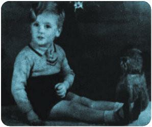 John Winston Lennon, 1944