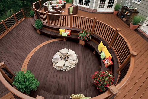 wood-pvc-composite-deck-materials.jpg