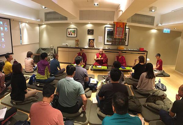 香港噶瑪列些林佛學會四加行課堂