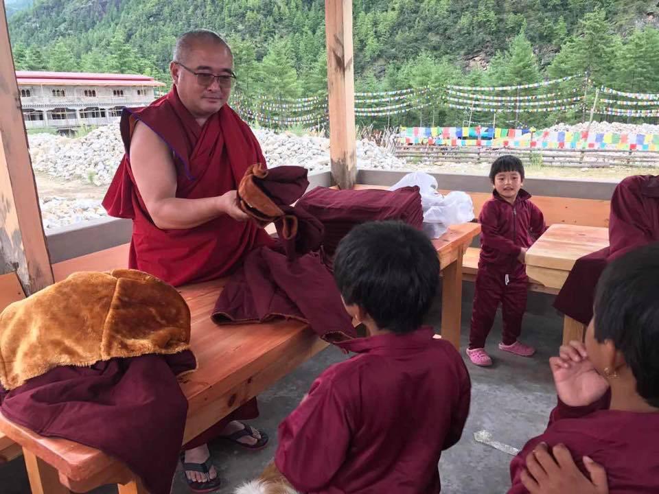 不丹列些林校長堪布南嘉