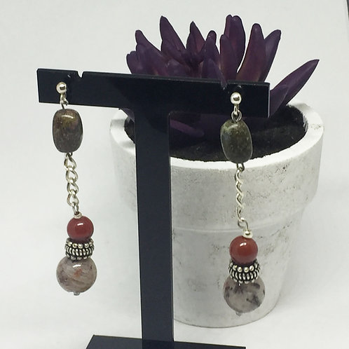 Coloured agate and chain drop earrings