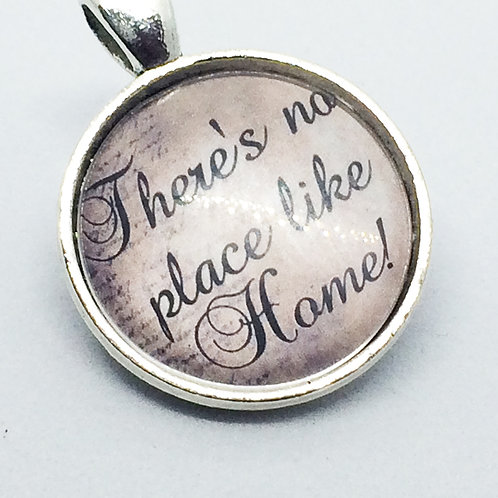 Wizard of Oz 'No Place like Home' Round Pendant