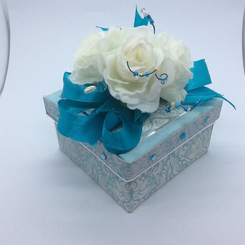 Turquoise and white roses Gift Box