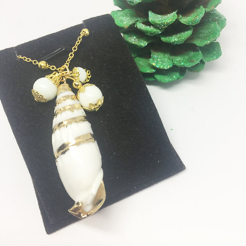 white and gold leaf long shell necklace