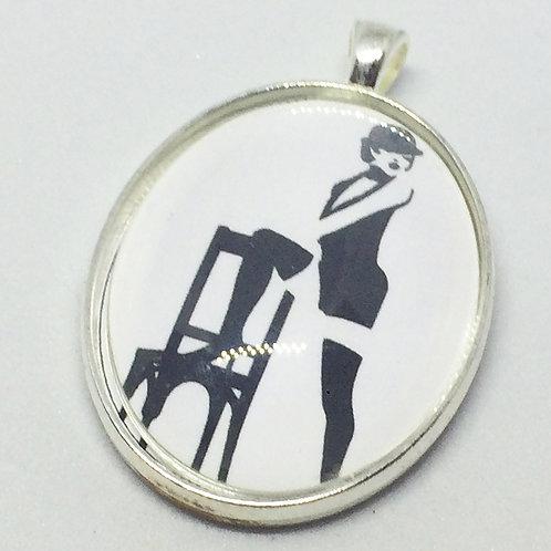 Cabaret Oval Pendant