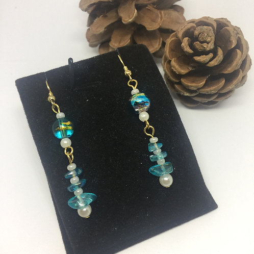 Turquoise crystal chip and pearl drop earrings
