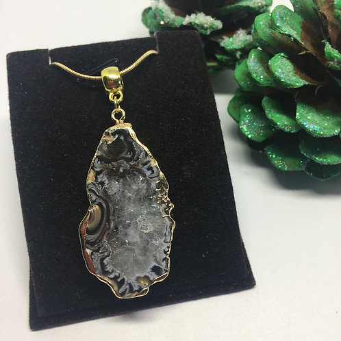 Natural gold edged agate pendant