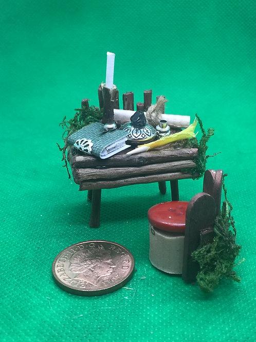 Fairy World Fairy House Desk and Chair