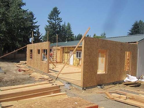 addition-walls-going-up-keyser-construct