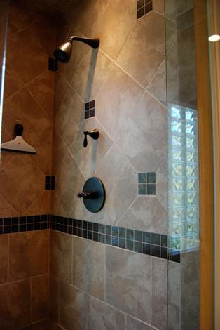 bull-mtn-shower-detail.jpg