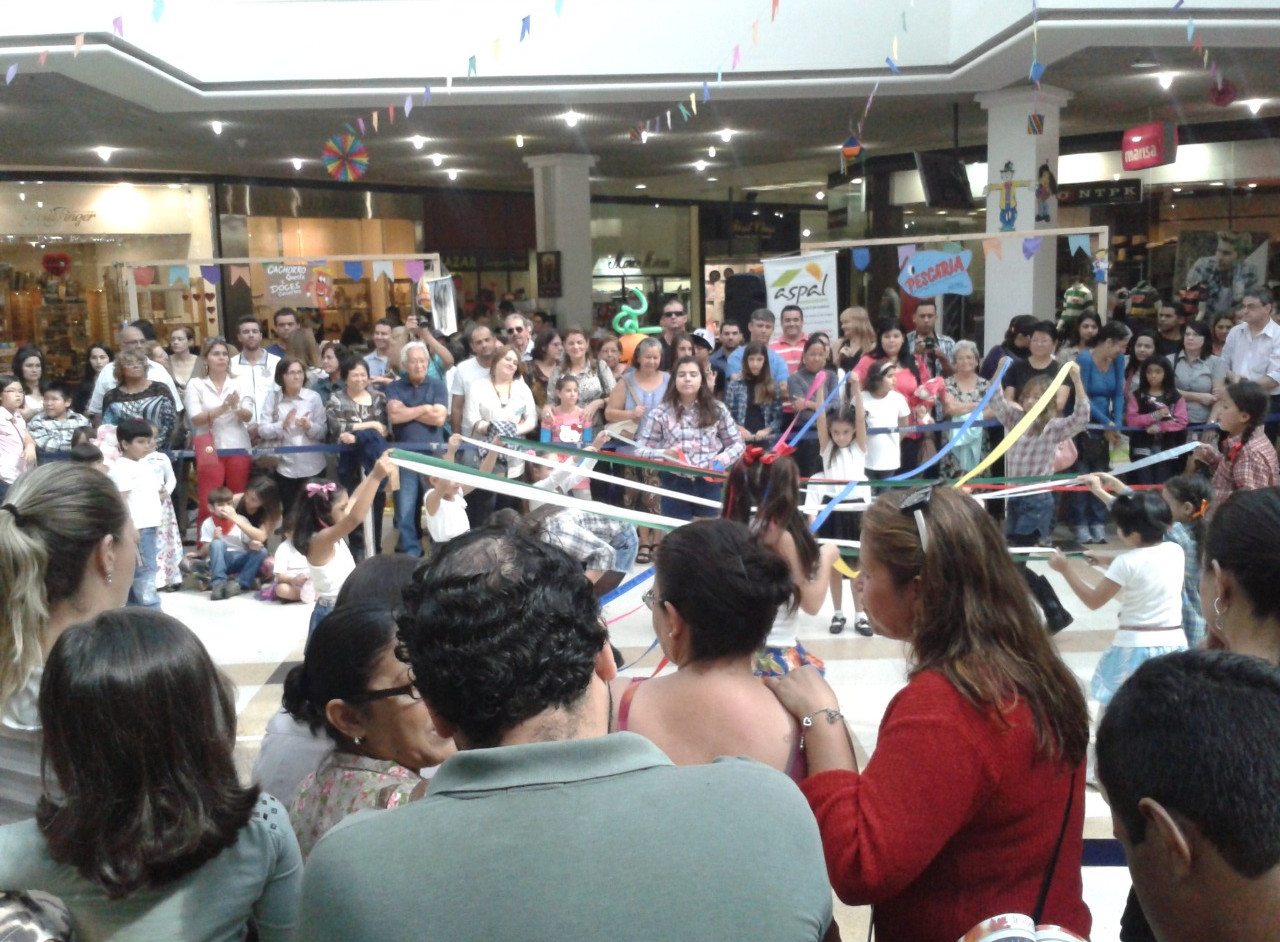 Festa Julina Taubaté Shopping