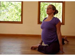 4 Ways Yoga Prepares You for Birth