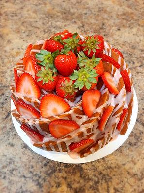 Swirl 7-Up Pound Cake with strawberry lemon drizzle and fresh strawberries.jpg