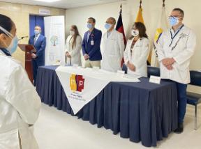 Hospital Eugenio Espejo implementa Programa de Robotización en área quirúrgica.