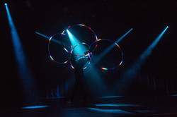 glow_CD_stagediven_anjarattchen2