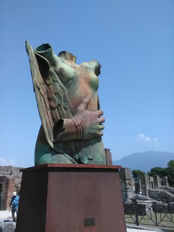 Mitoraji in Pompeii exhibition - 'Winged Eros'