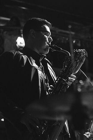 Daniel Freire Saxofone Baritono Saxofonista Vitoria ES Eventos