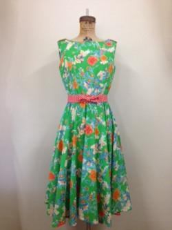 retro dress with circular skirt
