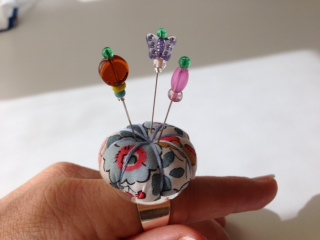 Workspace FADS ring pincushion