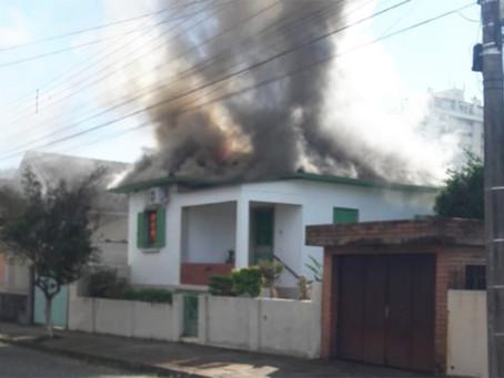 Idosa morre em incêndio em Cachoeira do Sul