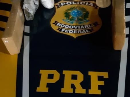 Adolescente de 16 anos é apreendido pela PRF, por tráfico de drogas, na BR 290