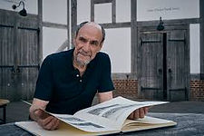 PBS F Murray Abraham.jpg