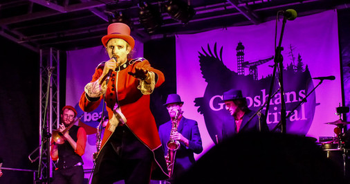 Live music - copyright Colin Cunningham