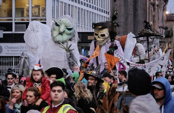 Galoshans parade - copyright Colin Cunningham