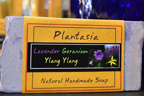 【泰好用】Plantasia 泰產手工天然肥皂-花類-薰衣草 110g  5%±
