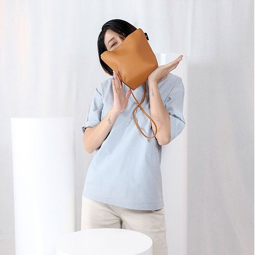 【洽圖洽】Rust Brand 泰國手工人工皮袋-水桶包-杏色
