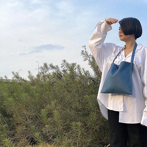 【洽圖洽】Rust Brand 泰國手工人工皮袋-Hobo包-經典藍色-中