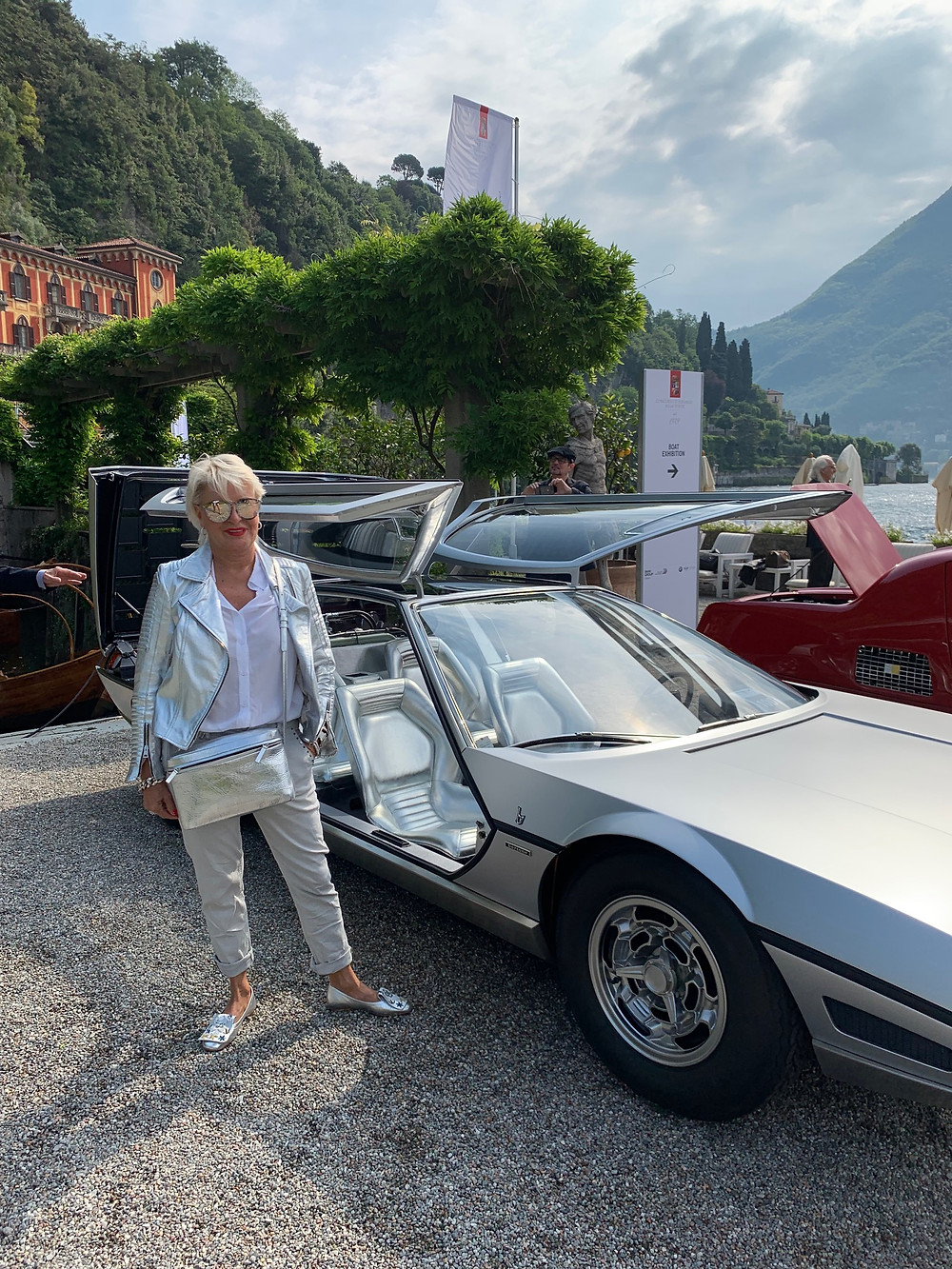 Matching outfit - lady owner and a concept car: 1967 Lamborghini Marzal Four-Seater-Coupé by Bertone
