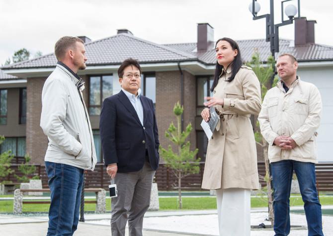 Партнеры из Японии посетили поселок Хрустальный