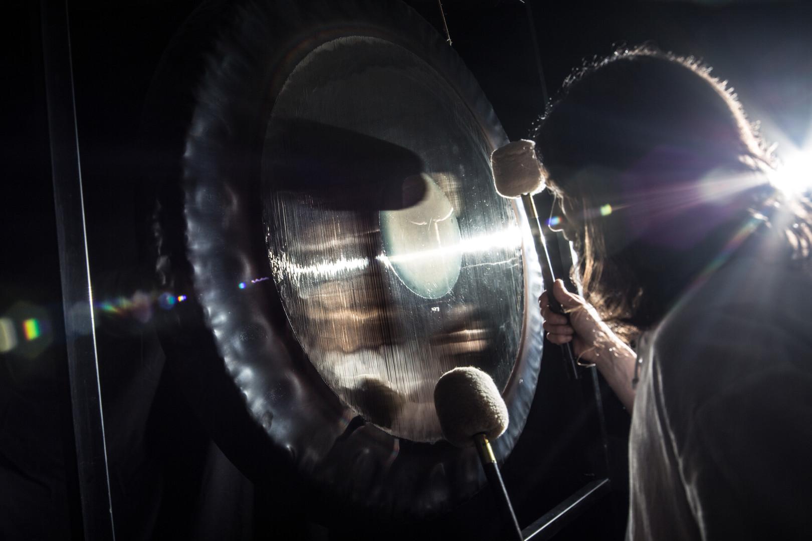 gongs-17.jpg