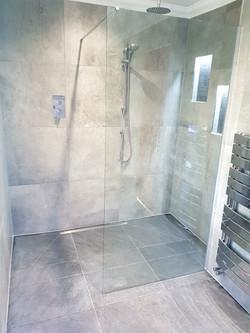 Cool Grey Contemporary Wetroom