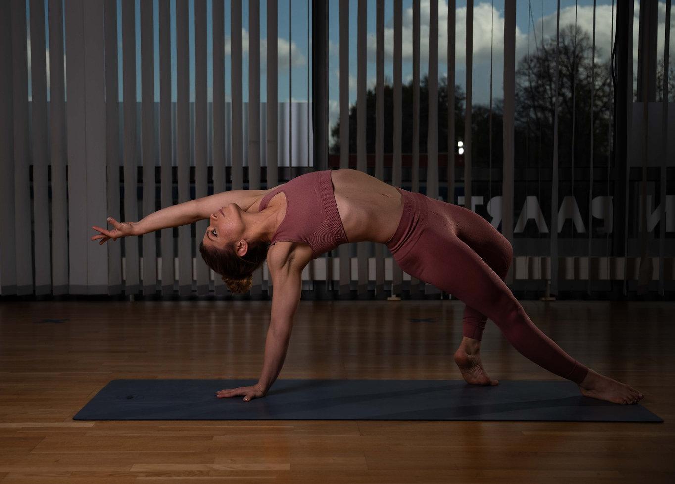 fitfam-live-yoga-mit-joya.jpg