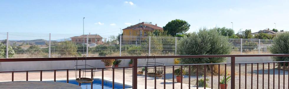 Vivienda en Mahoya. Casa entre olivos en Abanilla. Terraza