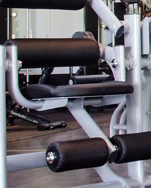 fitfam-fitnessstudio-geraete.jpg