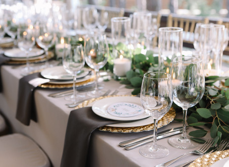 Pro Tip: Choosing the Right Floral Centerpiece for your Wedding