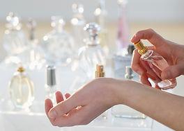手スプレー香水