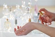 mão perfume pulverização